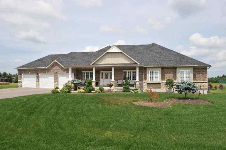Mansfield New Bungalow On 1 Acre