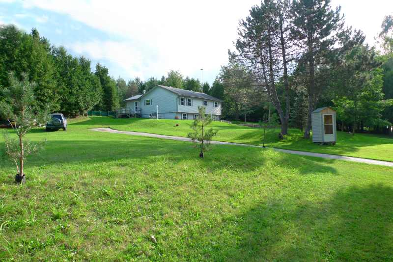 Raised Bungalow With Walk Out In Law Suite In Mansfield
