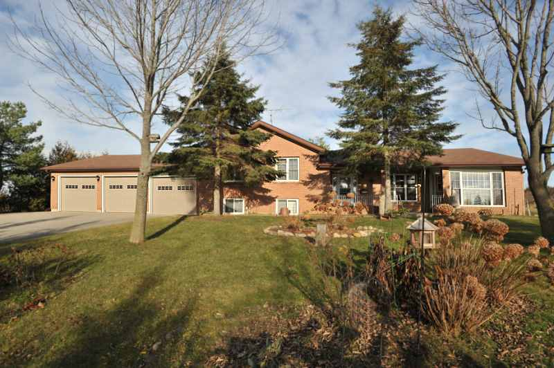 Renovated, East Garafraxa Home for Sale, Close to Orangeville,