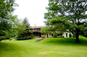 3 Bedroom, Caledon East, 4.5 Acres, Views, Pond
