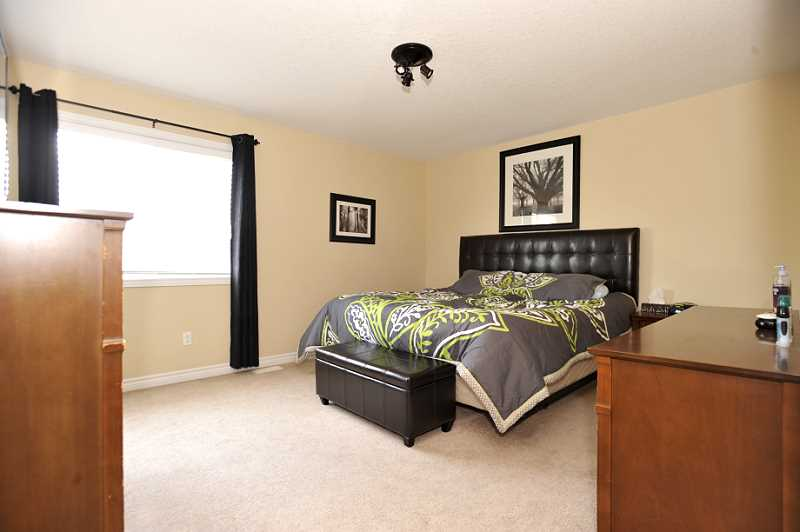 Orangeville semi detached 3 bedroom home for sale for 3 bedroom with finished basement