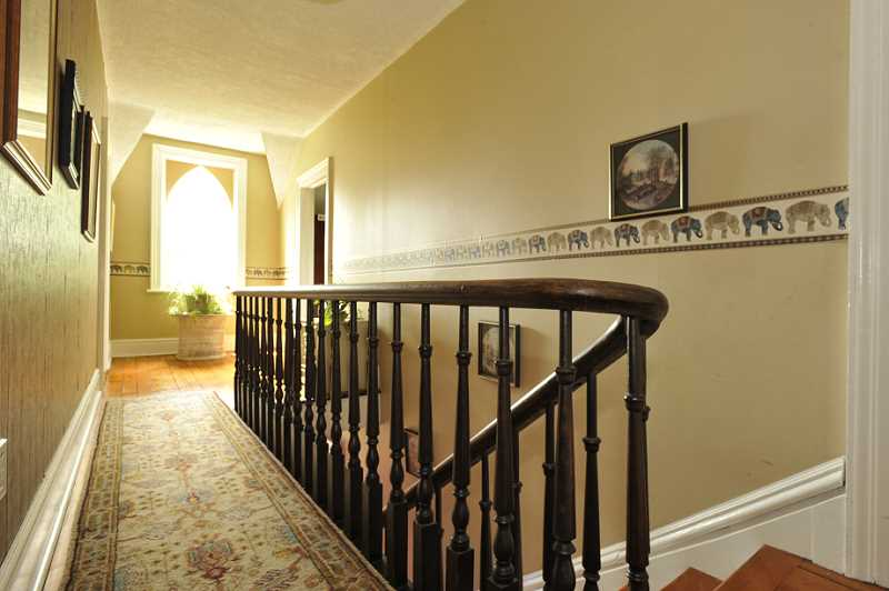 4 Bedroom Victorian Home 18473 Main St Caledon For Sale