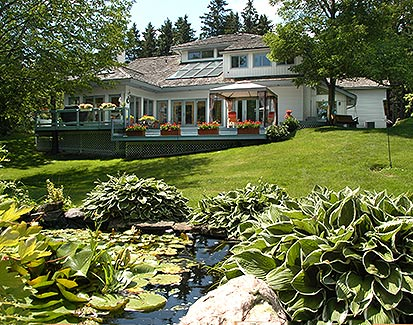 Caledon Contemporary on Escarpment  -14.89 Acres & Toronto Views