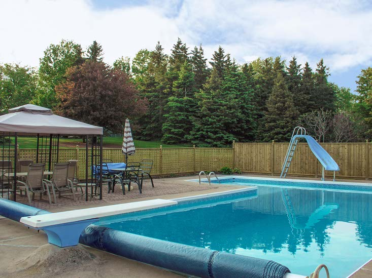 Caledon 4 Bedroom Home For Sale W Pool Mary Klein