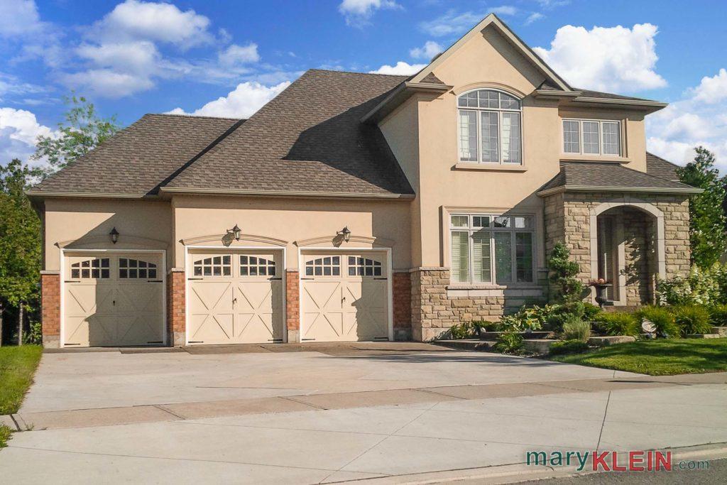 Orangeville 4 2 bedroom home for sale kait klein for Walkout basement sunroom