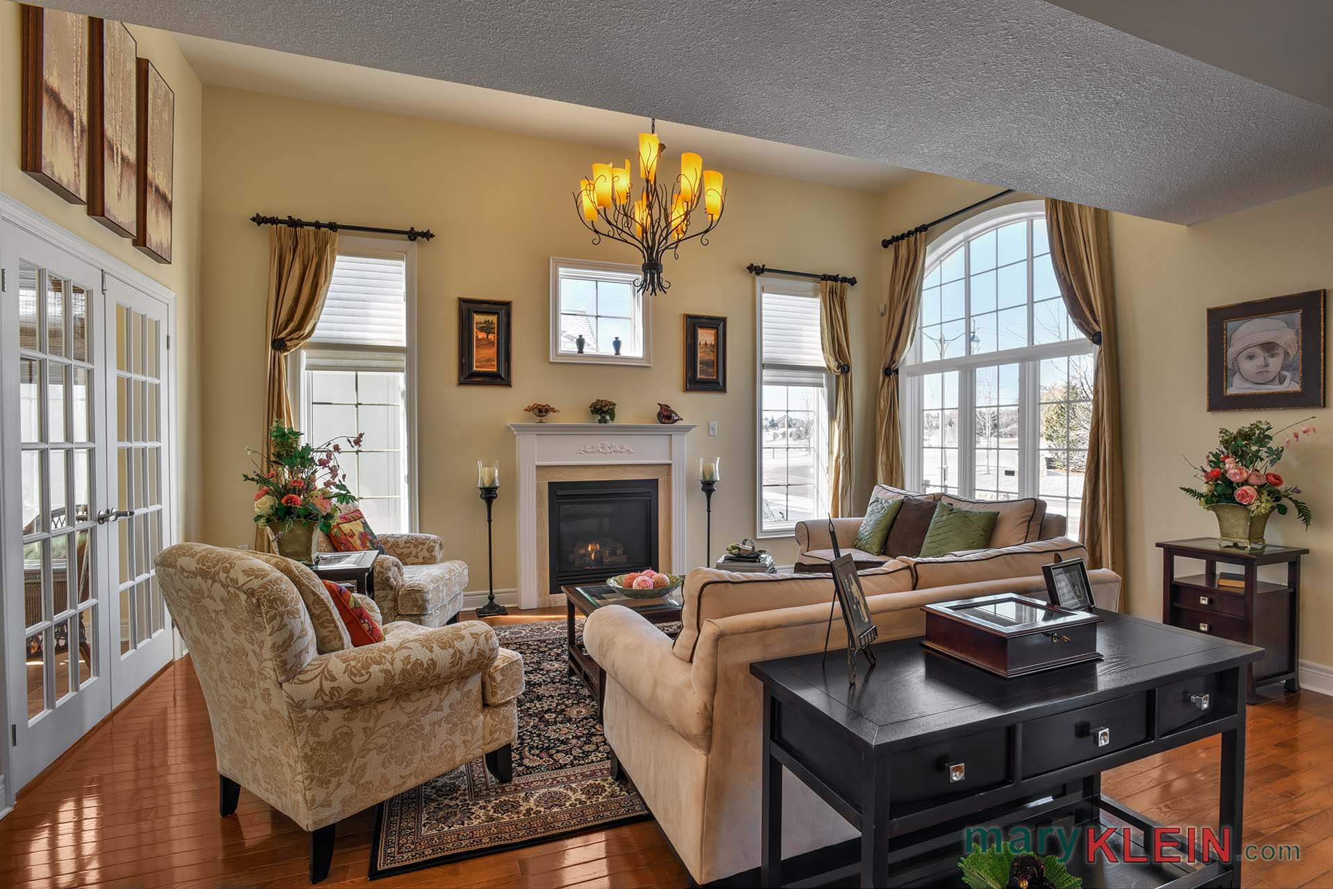 Living Room, Hardwood Flooring, Gas Fireplace