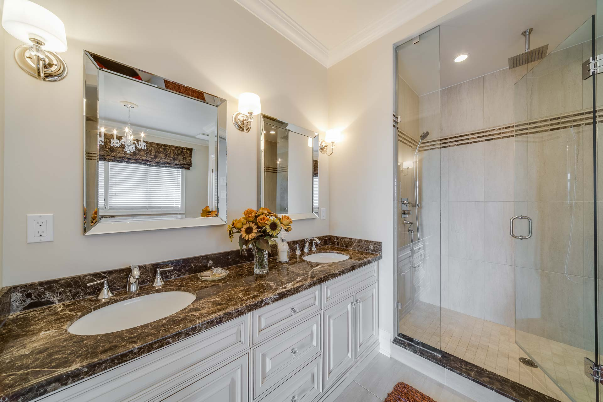 Master Ensuite, Marble Countertop