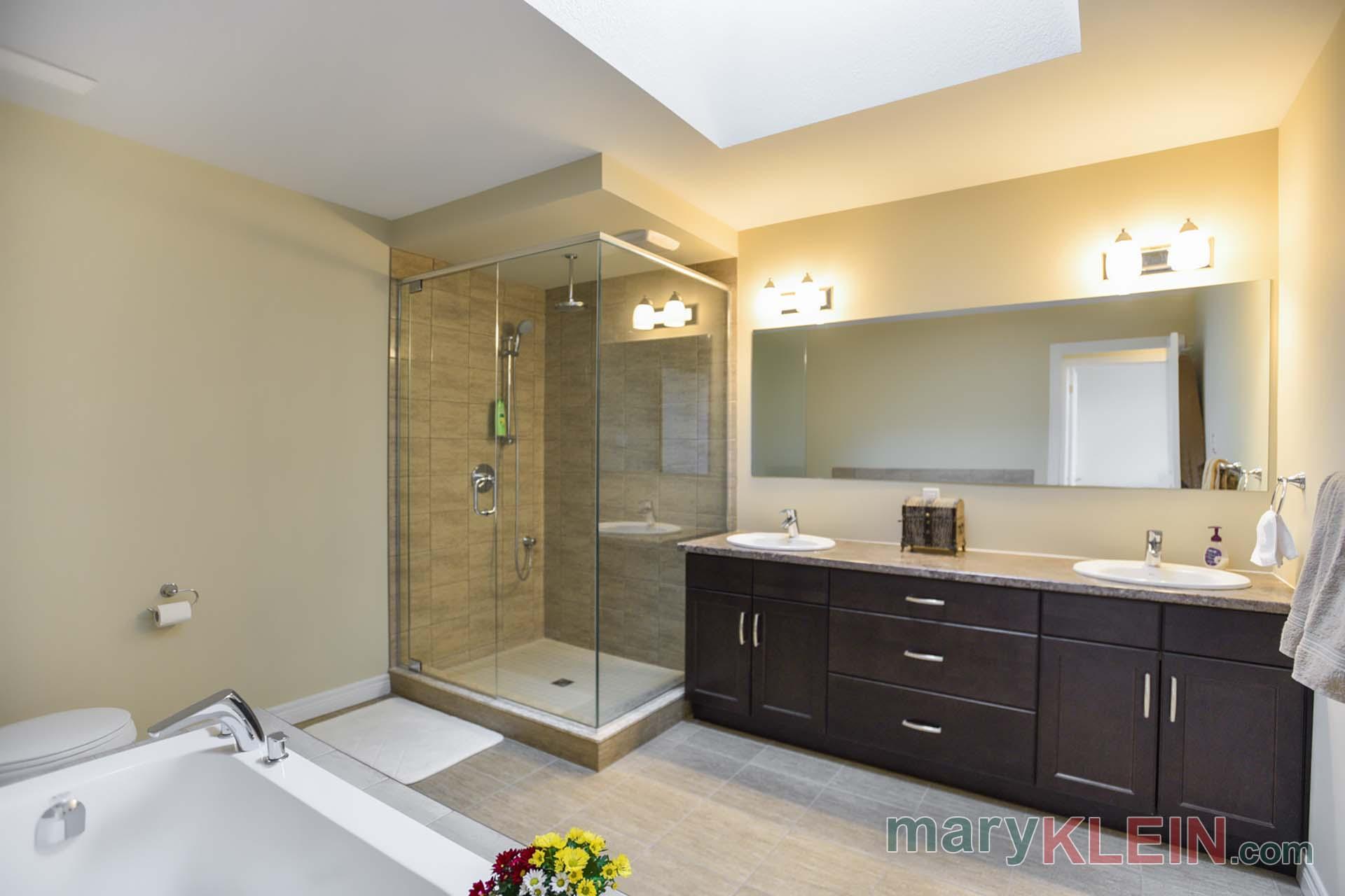 Spa Bathroom, 5 Piece