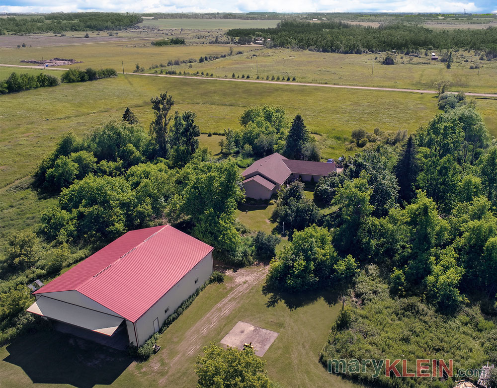 39 Acres, Amaranth, Home for Sale, Private Airplane Hangar and Runway