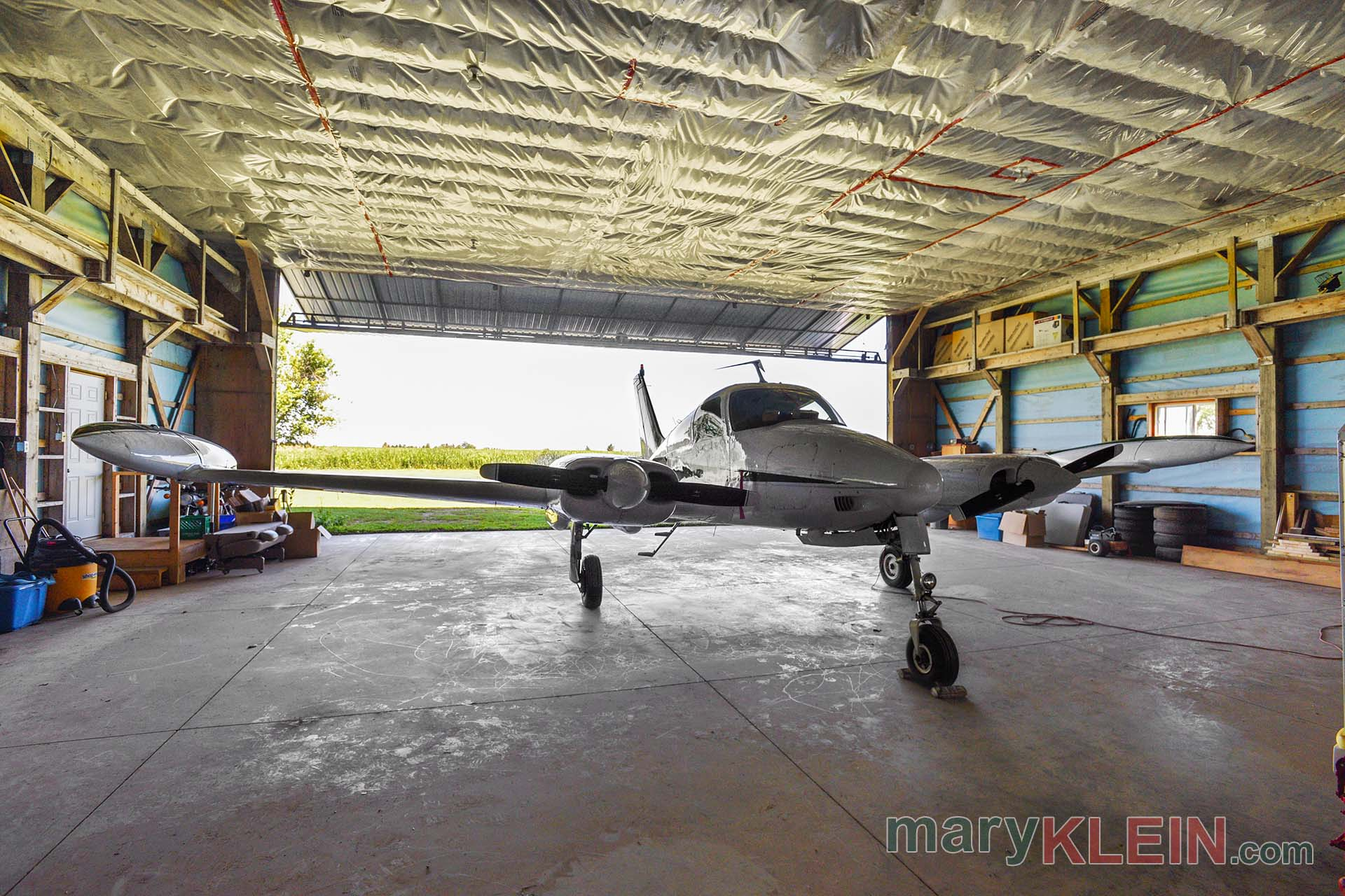 Amaranth Bungalow Airplane Hangar Amp Runway For Sale