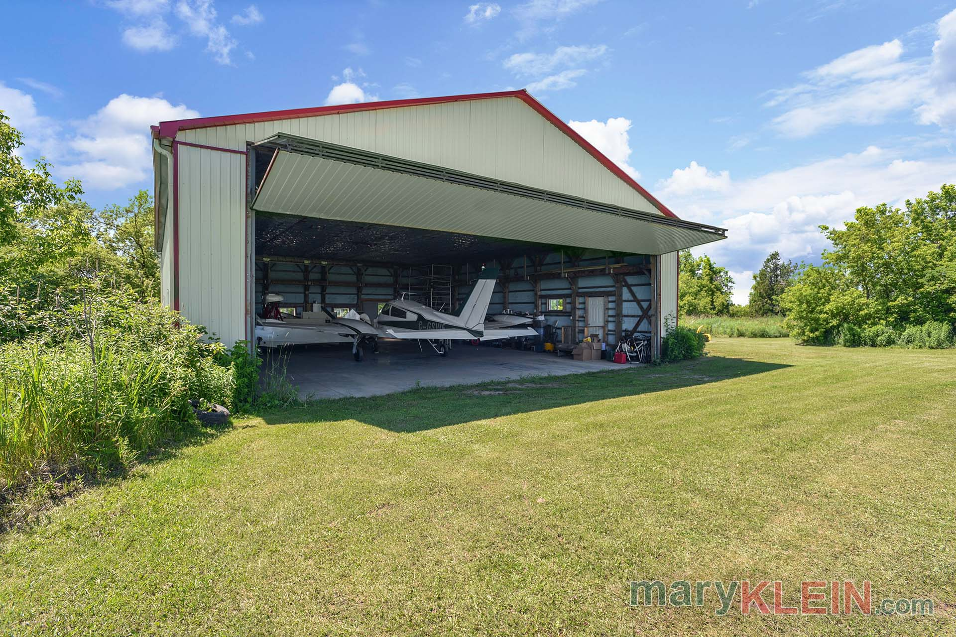 Airplane Hangar, Airstrip, For Sale, Near Orangeville, North of Toronto