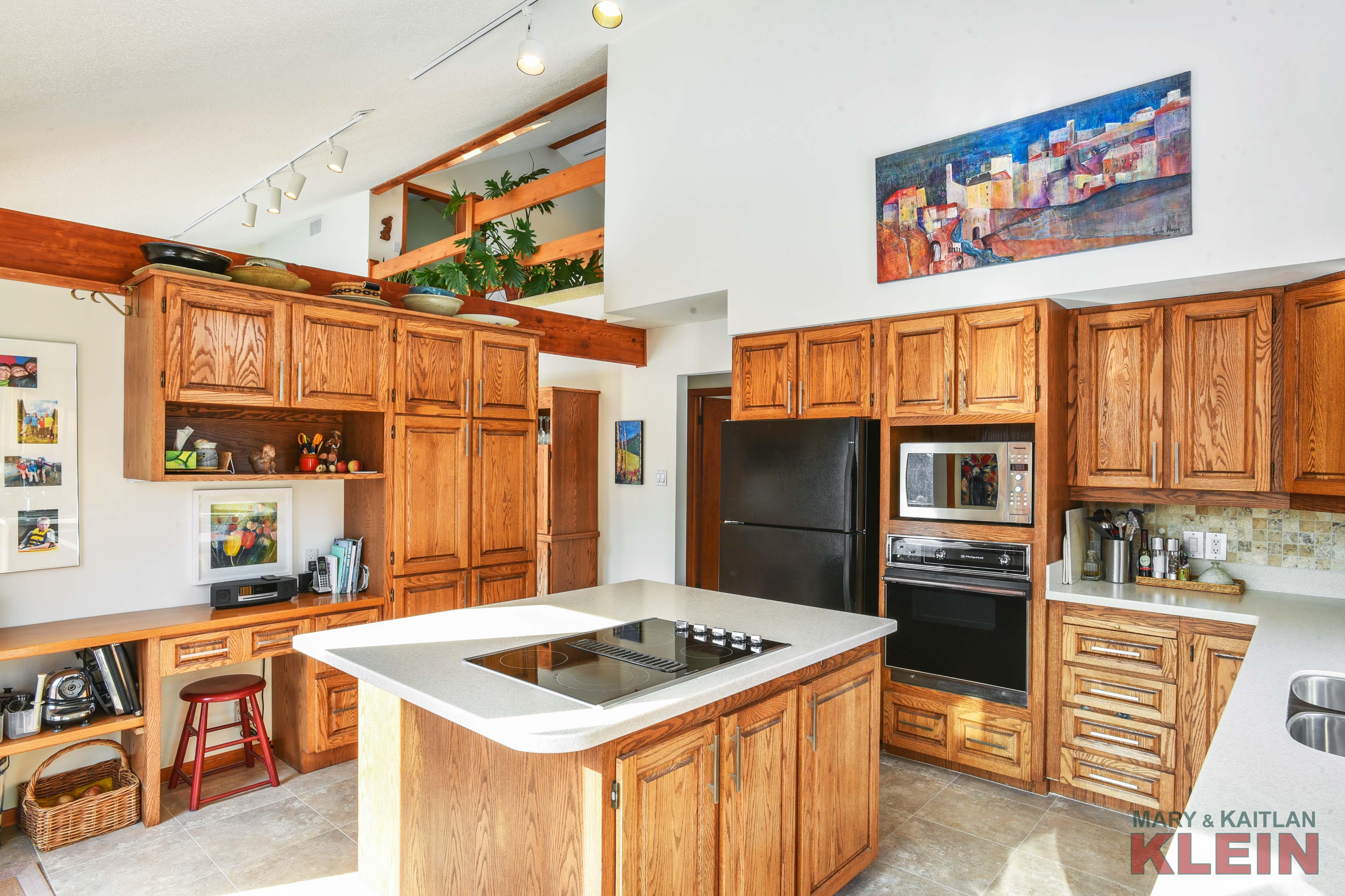 Oak Kitchen, Desk,