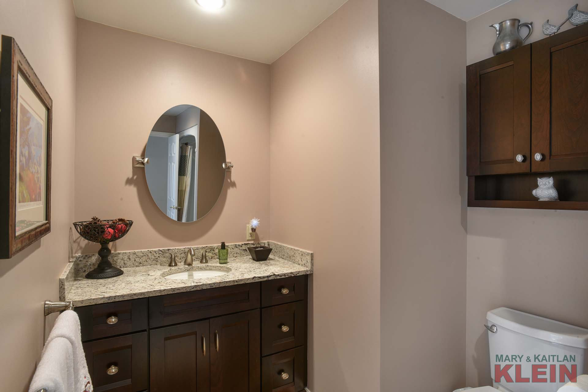 4-Piece Main Bathroom