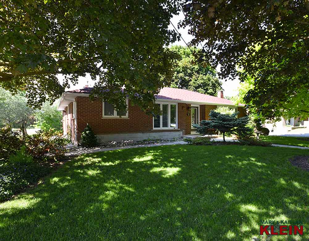 48 Main Street, Schomberg, Mary Klein, Kaitlan Klein, home for sale