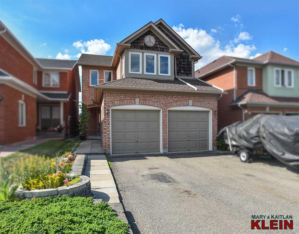 82 Peace Valley Crescent, Brampton, home for sale, Klein, Mary Klein, Kaitlan Klein