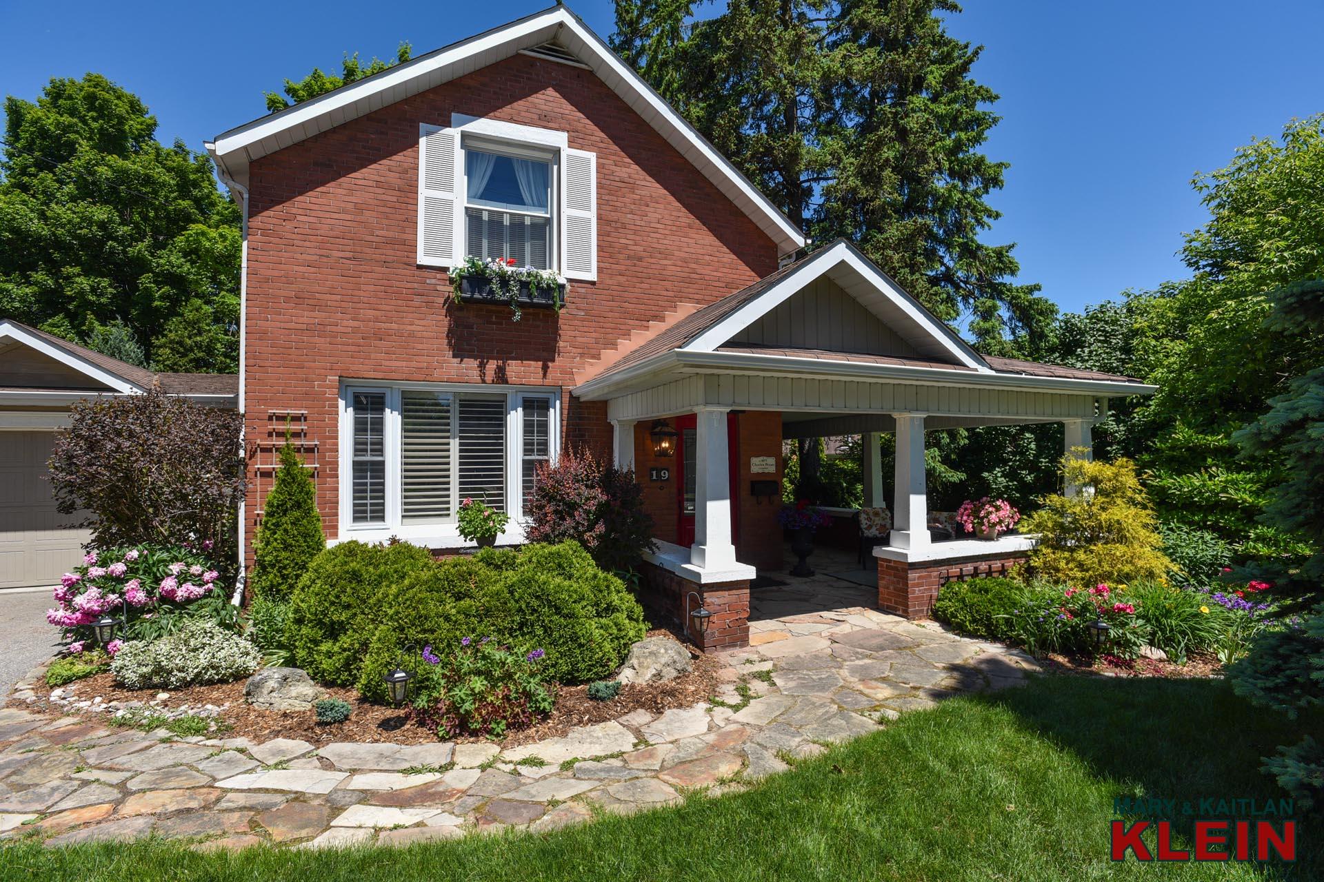Century Home for Sale, Orangeville, Home for sale, Mary Klein, Kaitlan Klein