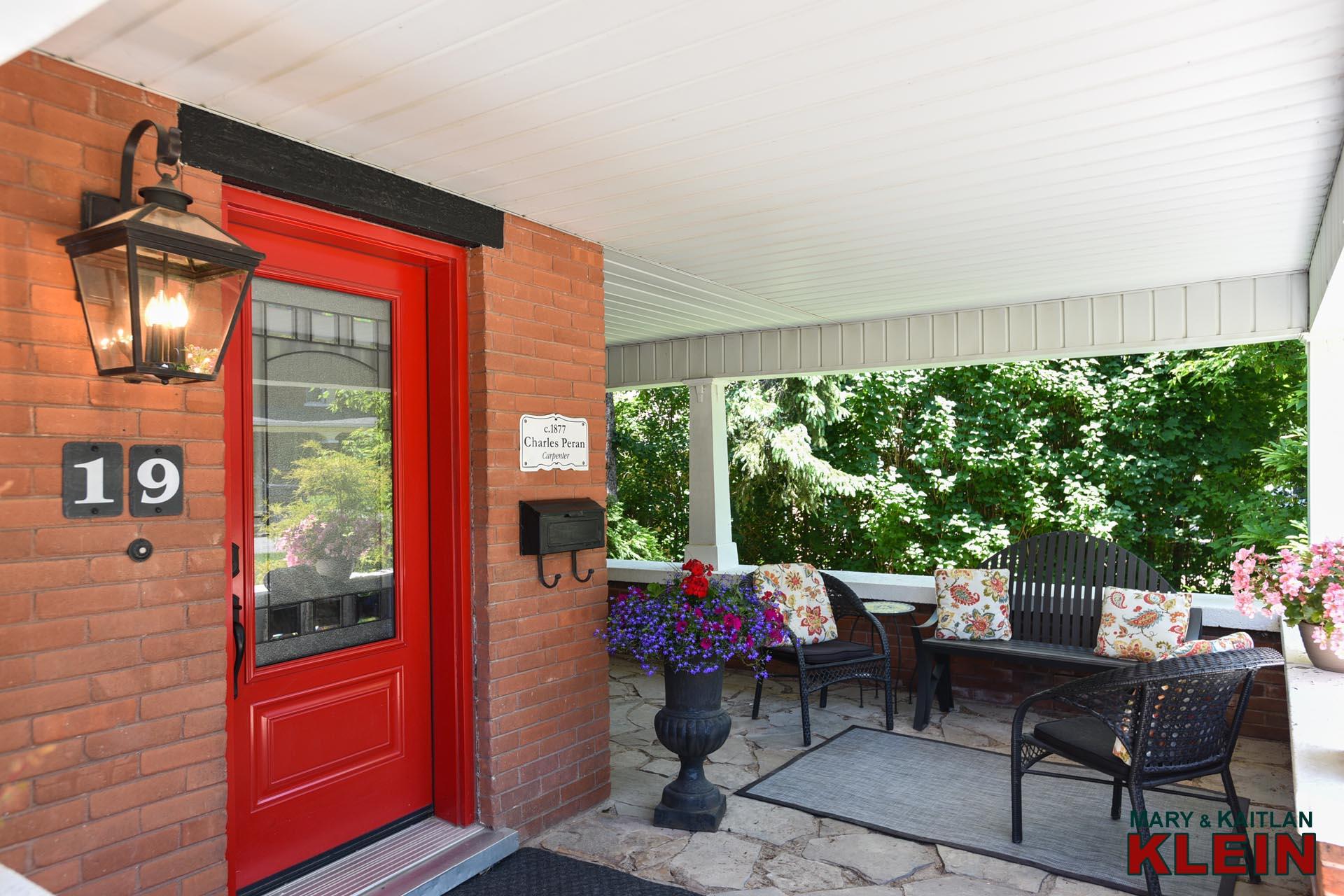Front Door, 19 Second Ave, Red Door,