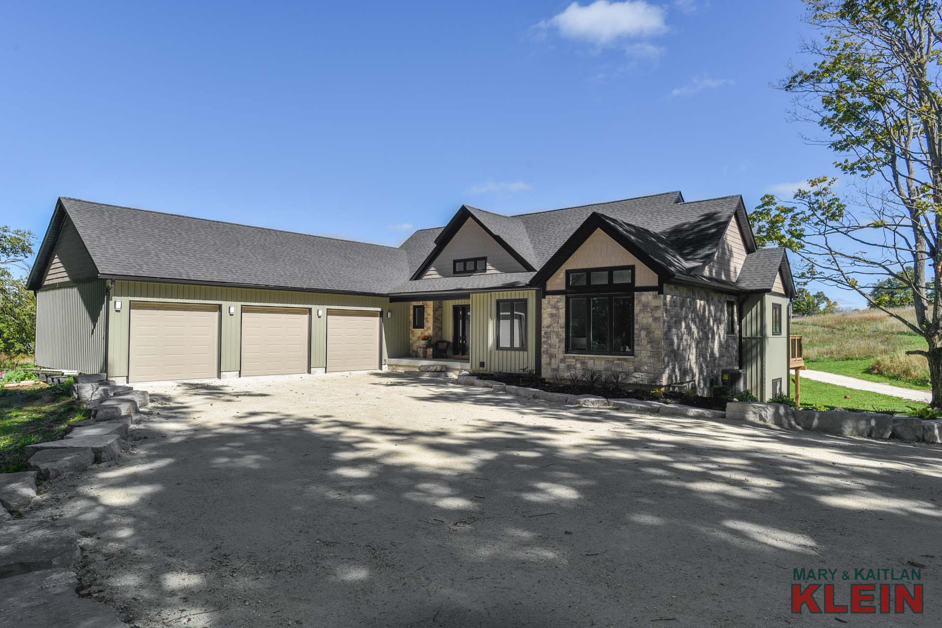 Bungalow, for sale, north of Orangeville, mary klein, kaitlan klein