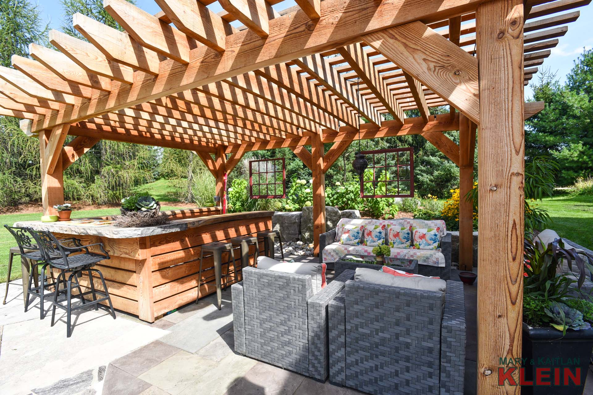 Pergola, Bar, Stone Patio, Pizza Oven