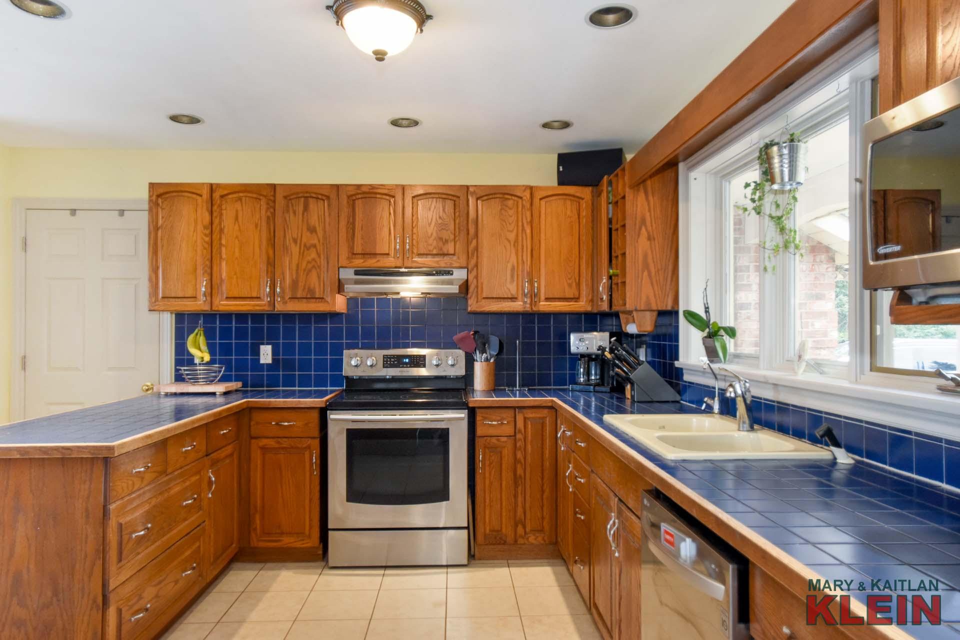 Oak Eat in kitchen