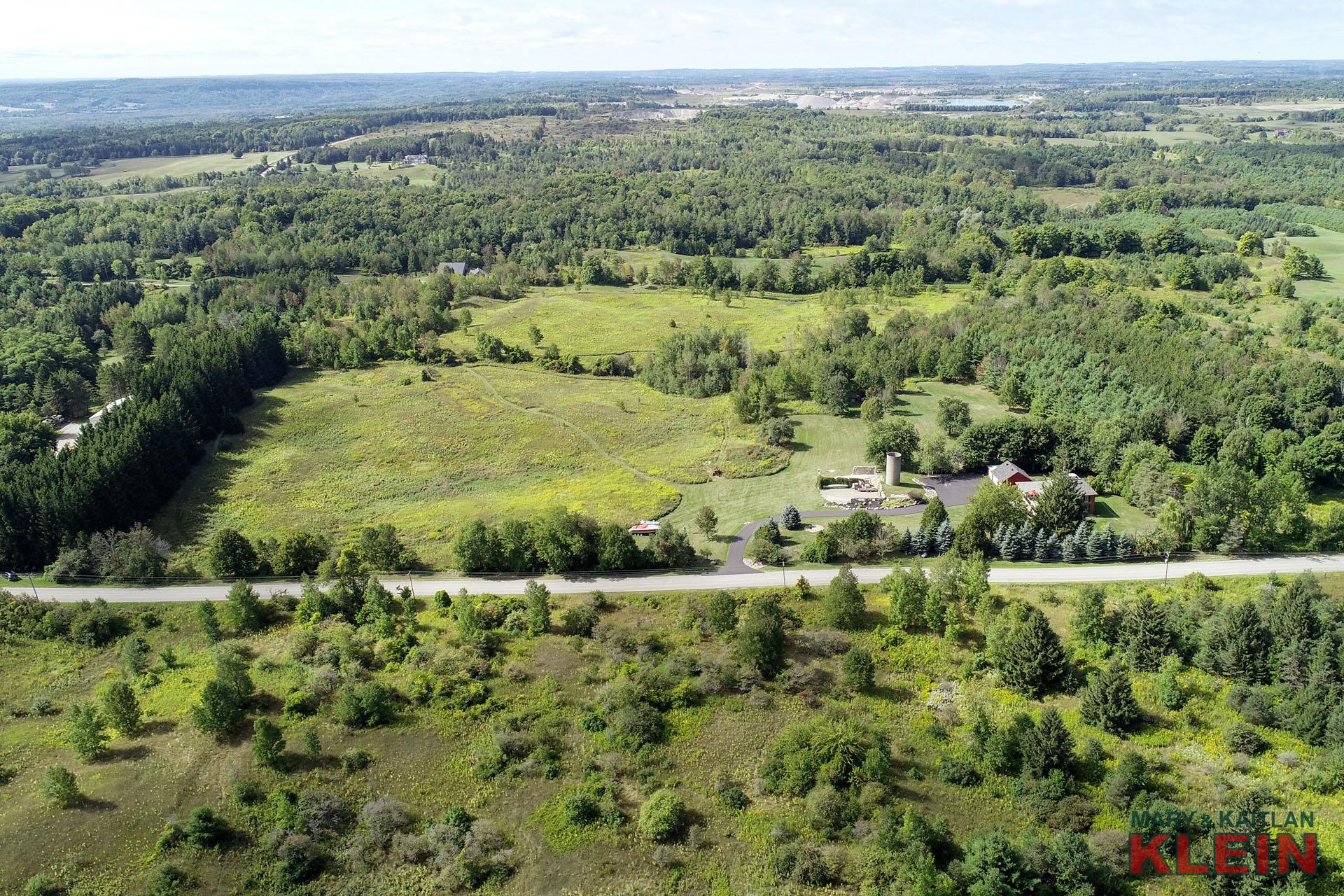 Gorgeous Caledon Escarpment Property for Sale, Klein, 30 Acres, 5 Bedroom home