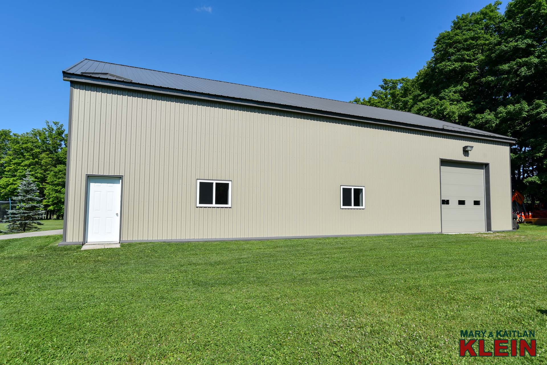7300 Sq.ft. Heated & Insulated Workshop