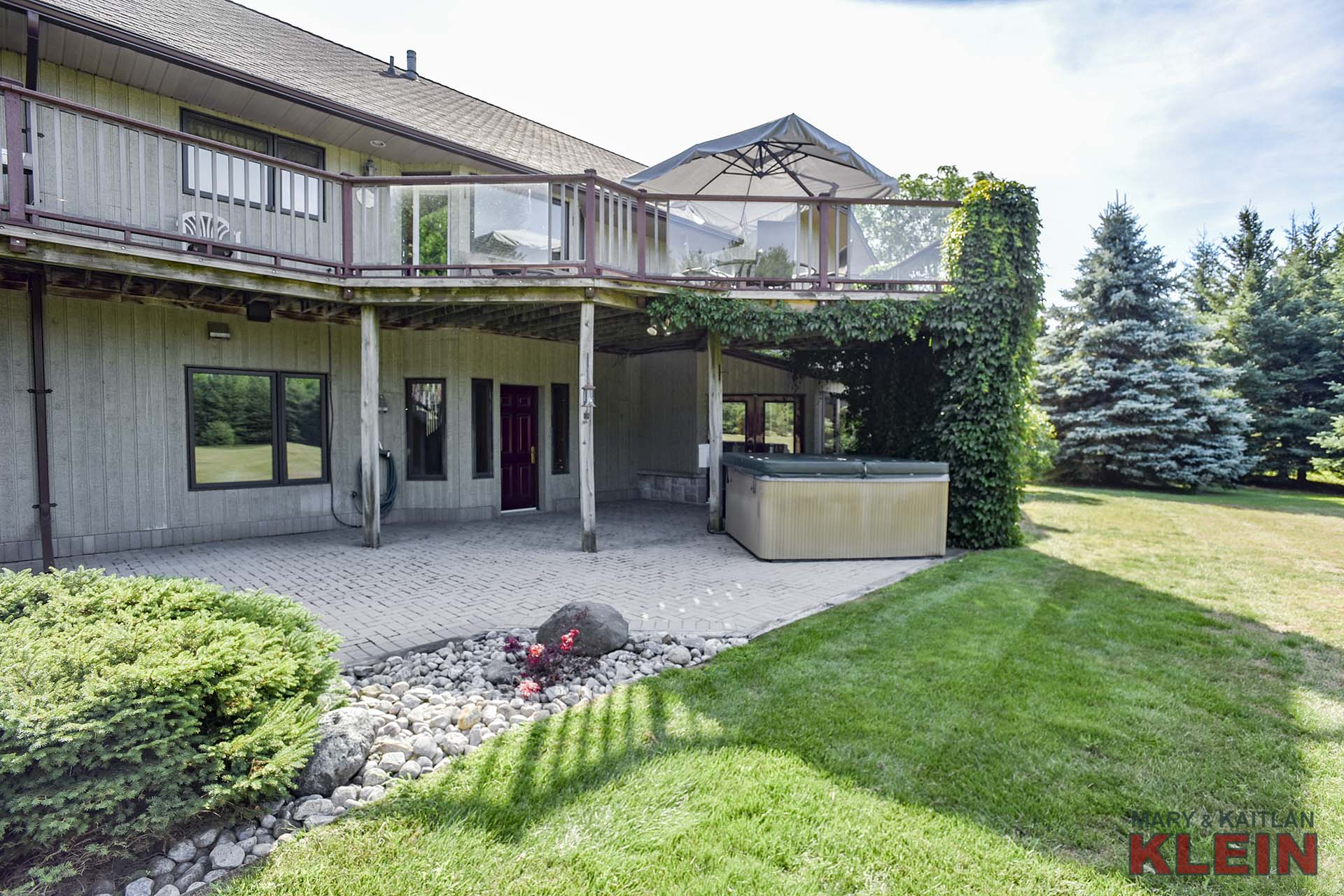 Bungalow with Finished Walk-Out Basement with Separate Entry