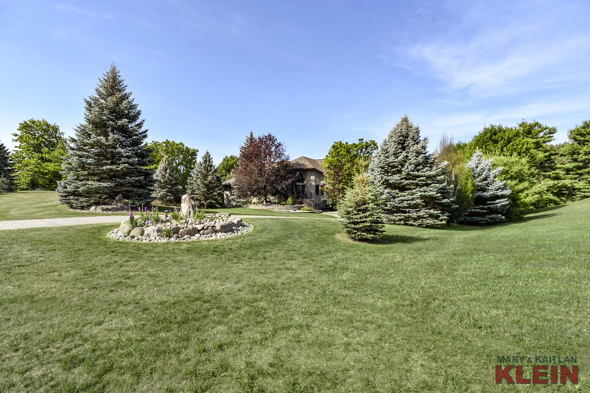 Gorgeous Mature Lot in Caledon East For Sale, Klein