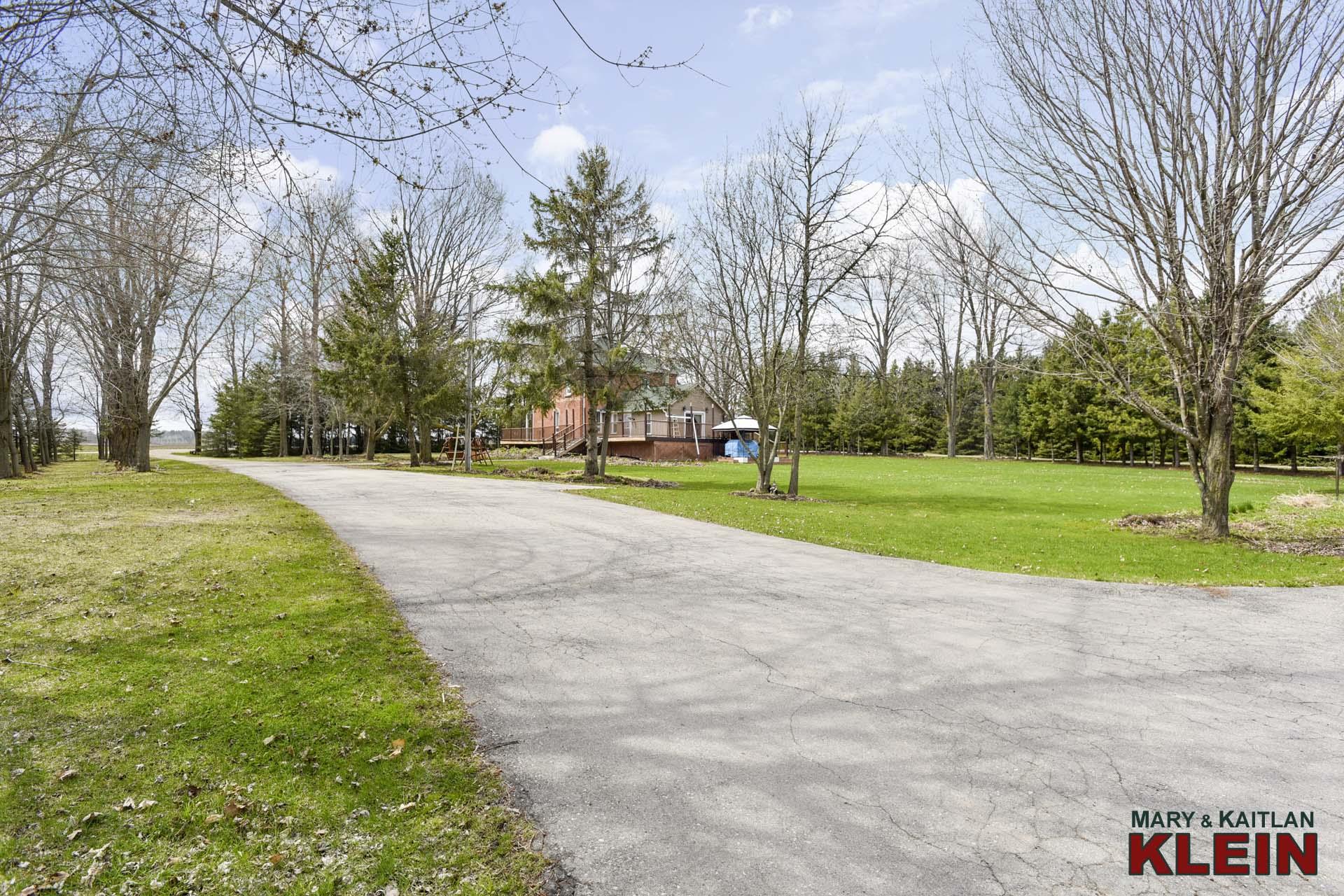 Private Driveway, Mono, ON