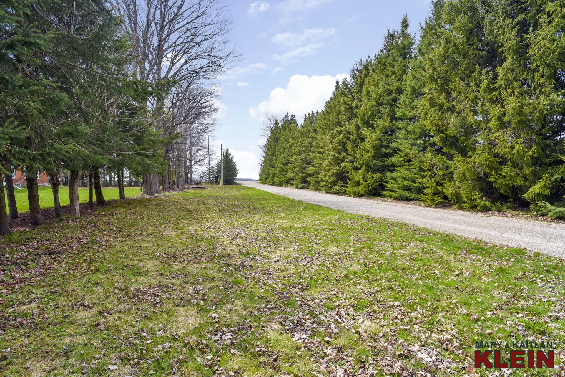 Separate Driveway to Outbuilding #2