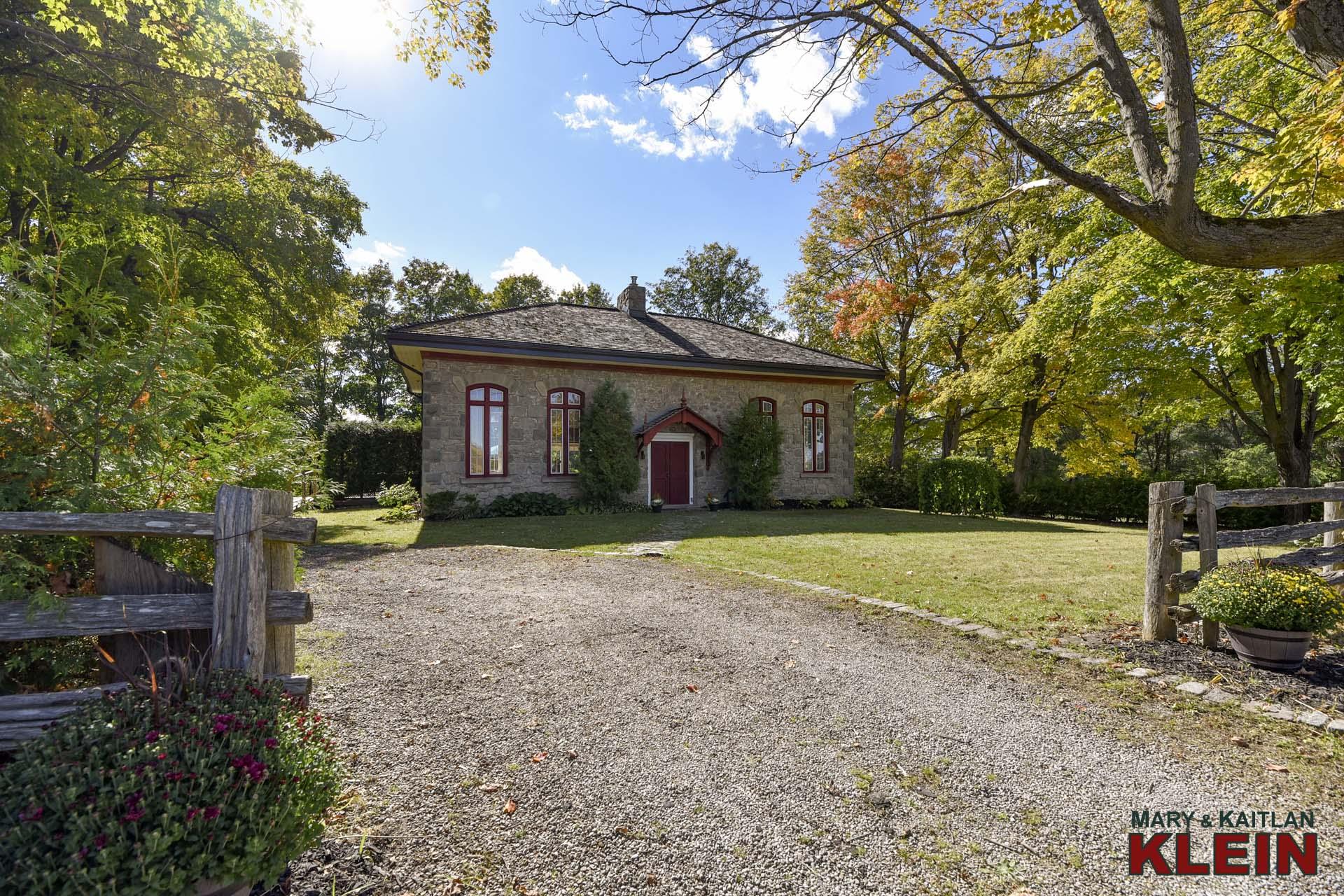 Caledon Rosehill Schoolhouse Circa 1872