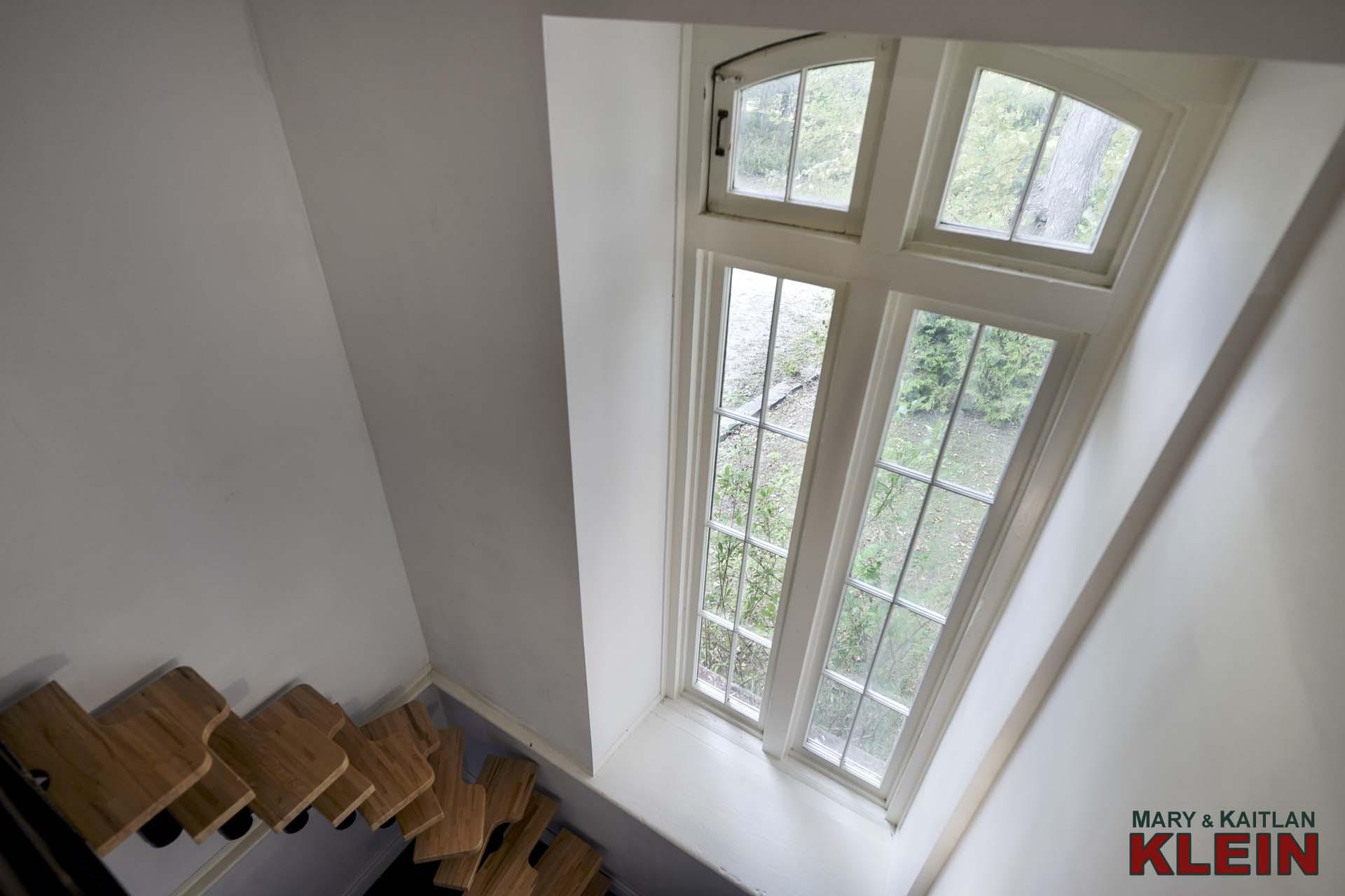 Beachwood Staircase to Loft Area
