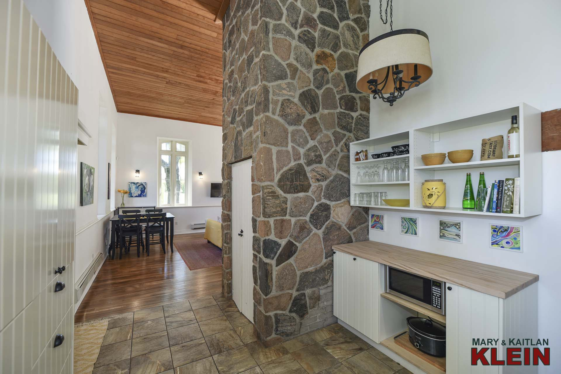 Kitchen - Exposed Stone Wall