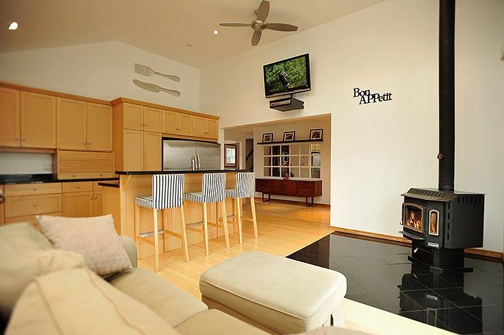 East Garafraxa 3 Bedroom Home For Sale On 10 Acres Workshop
